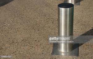 BCR SS BOLLARDS? FOR SAFETY AGAINST RAMMING VEHICLES